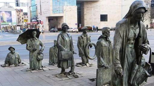 世界上最让人印象深刻的10组城市雕塑