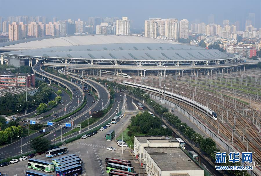 """从这里始发!中国高铁递出""""国家名片"""""""