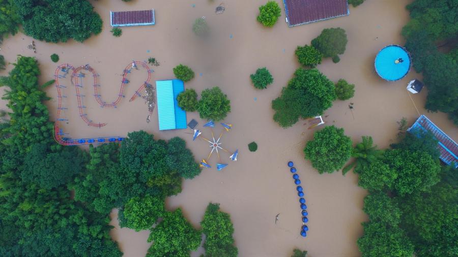 兰溪:兰江水位猛涨 众志成城抢险忙