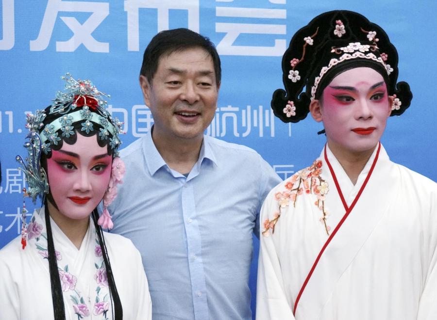 濮存昕:中国剧团令日本艺术家们羡慕