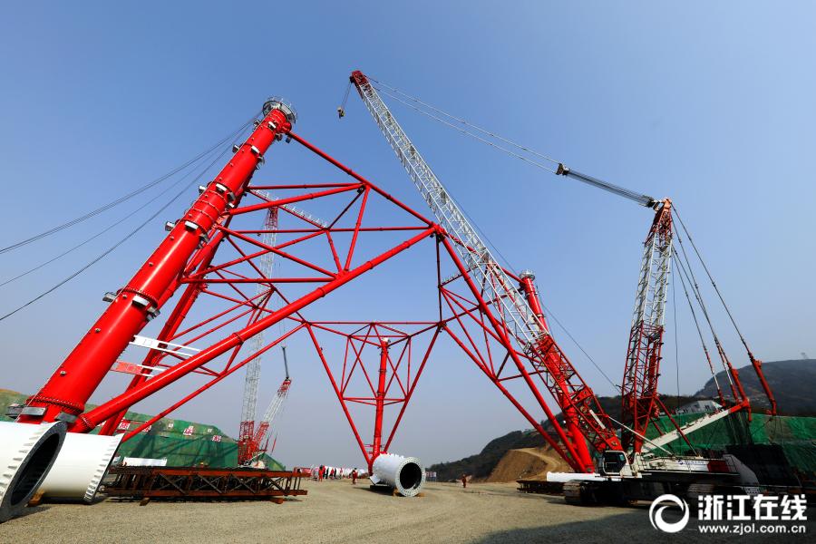 舟山:世界最高输电铁塔施工进入全新阶段