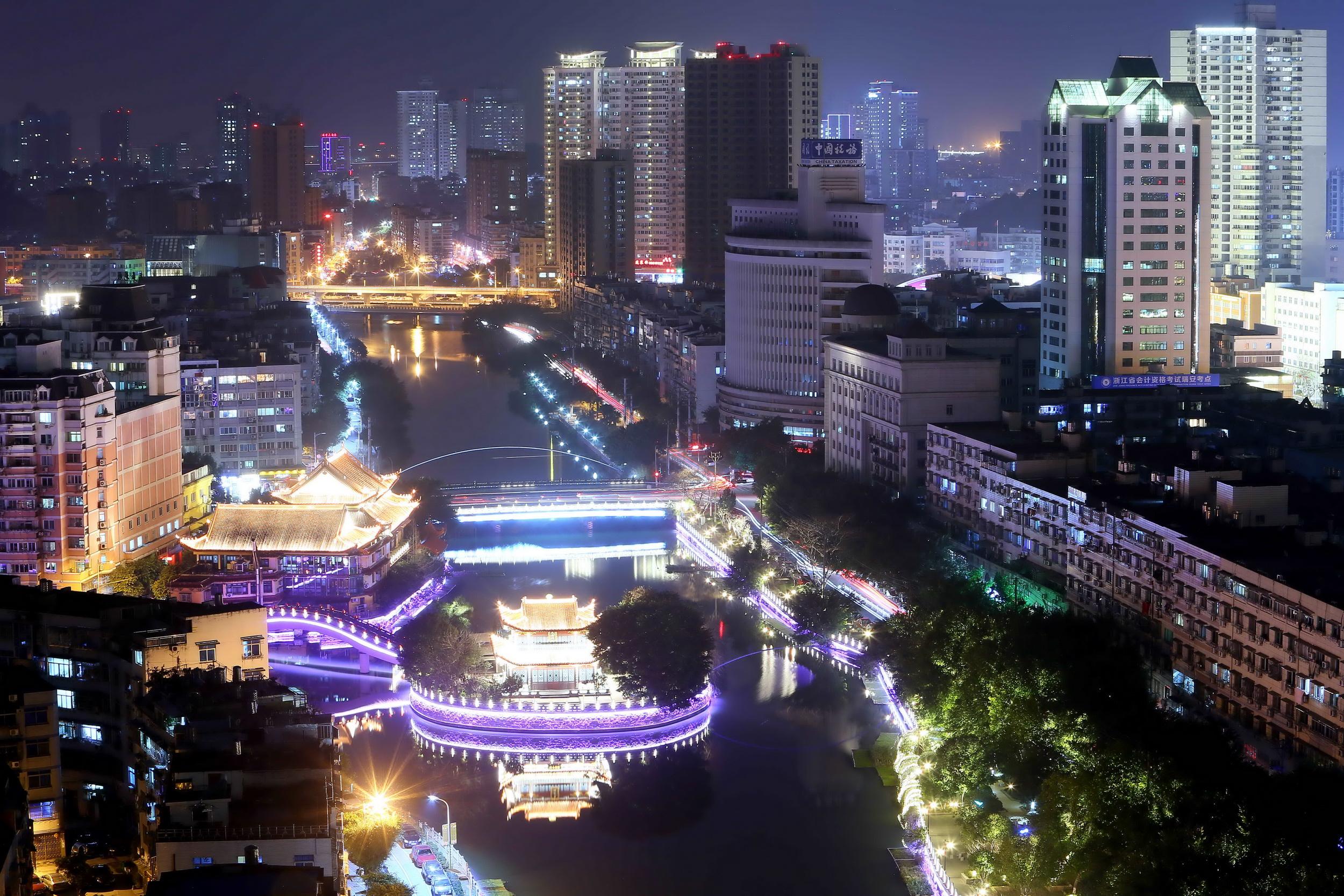 瑞安:温瑞塘河亮灯迎新春