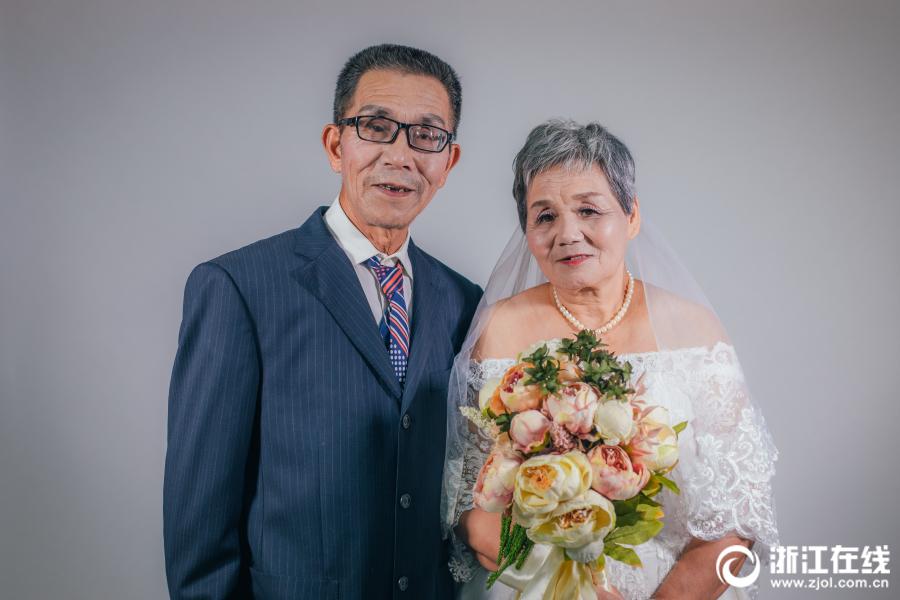温岭:七夕节到了 补拍婚纱照